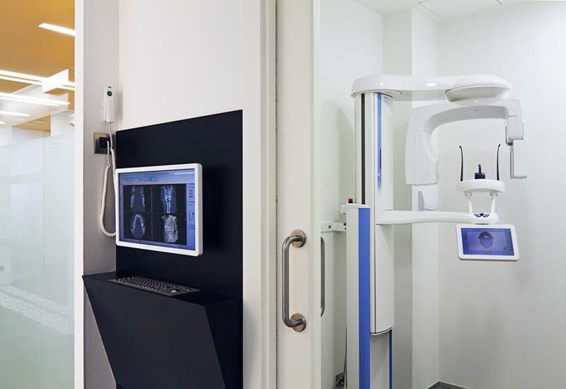 Rayos x para tratamientos dentales. Radiografías dentales en Sevilla de toda la boca