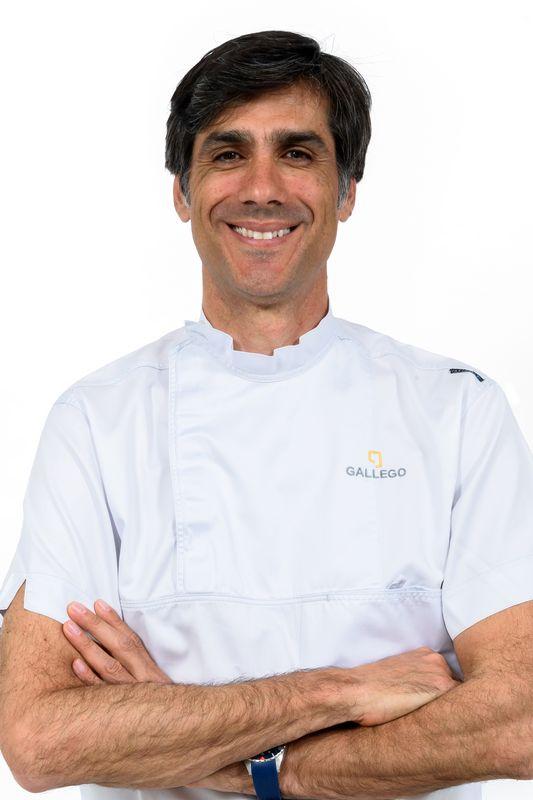 Dr. David Gallego odontólogo en Sevilla